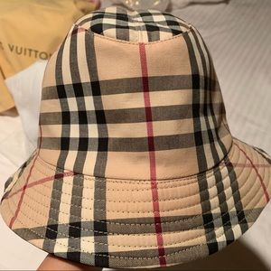 Authentic & Vintage Gucci Bucket Hat